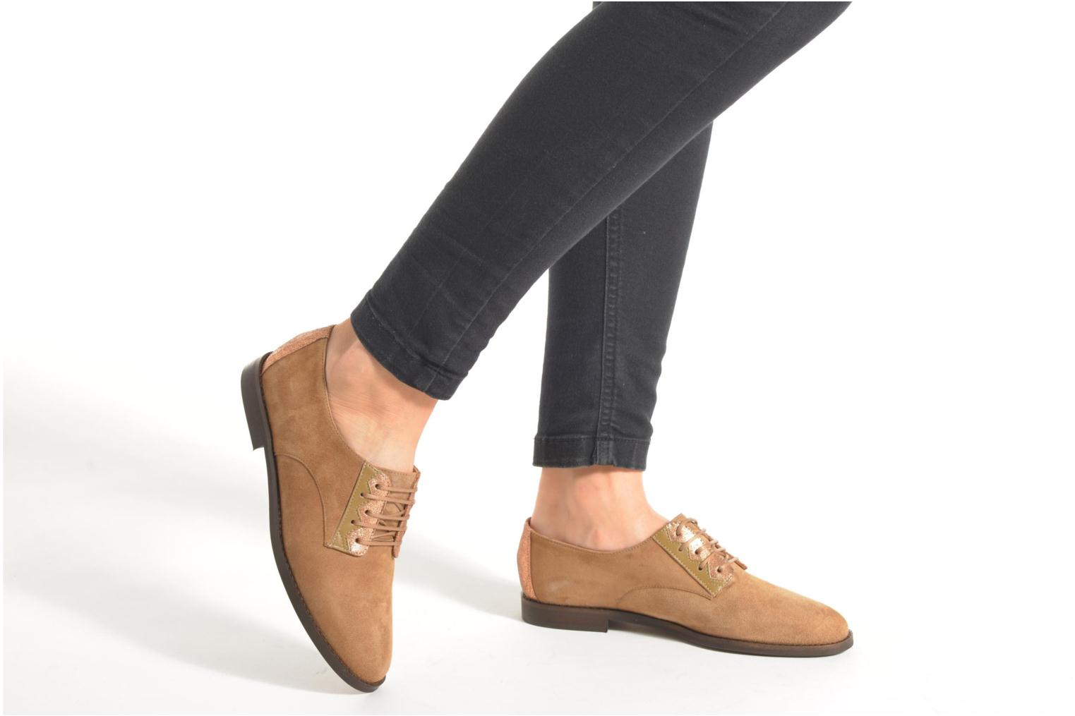 Lace-up shoes Schmoove Woman Galaxy kid suede Brown view from underneath / model view