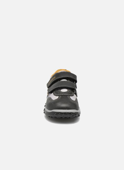 Sneaker Primigi Car schwarz schuhe getragen