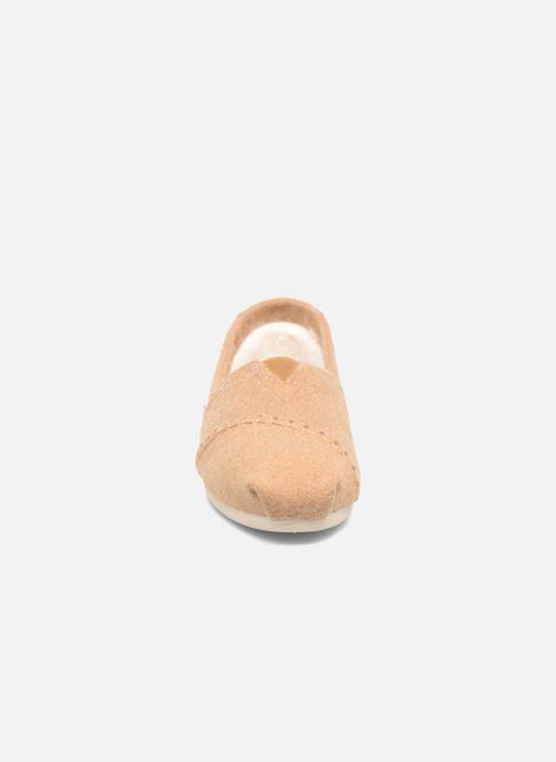 Mocassins TOMS Seasonal classics W Marron vue portées chaussures