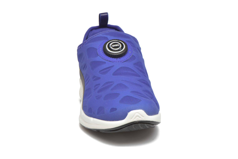 Baskets Puma Disc S Ignite Str Foam W Bleu vue portées chaussures