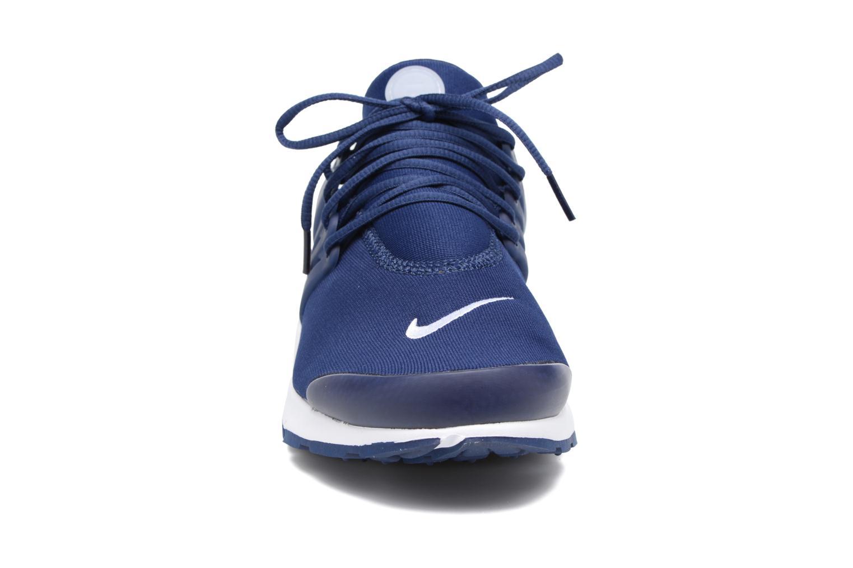 Deportivas Nike Nike Air Presto Essential Azul vista del modelo