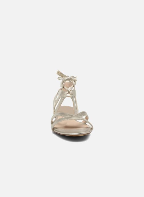 Sandali e scarpe aperte I Love Shoes FELICE Oro e bronzo modello indossato