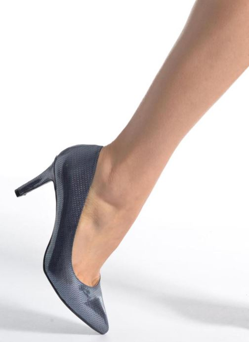High heels I Love Shoes FIRONE Beige view from underneath / model view