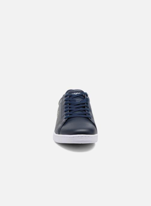Sneakers Lacoste Carnaby Evo BL 1 Azzurro modello indossato