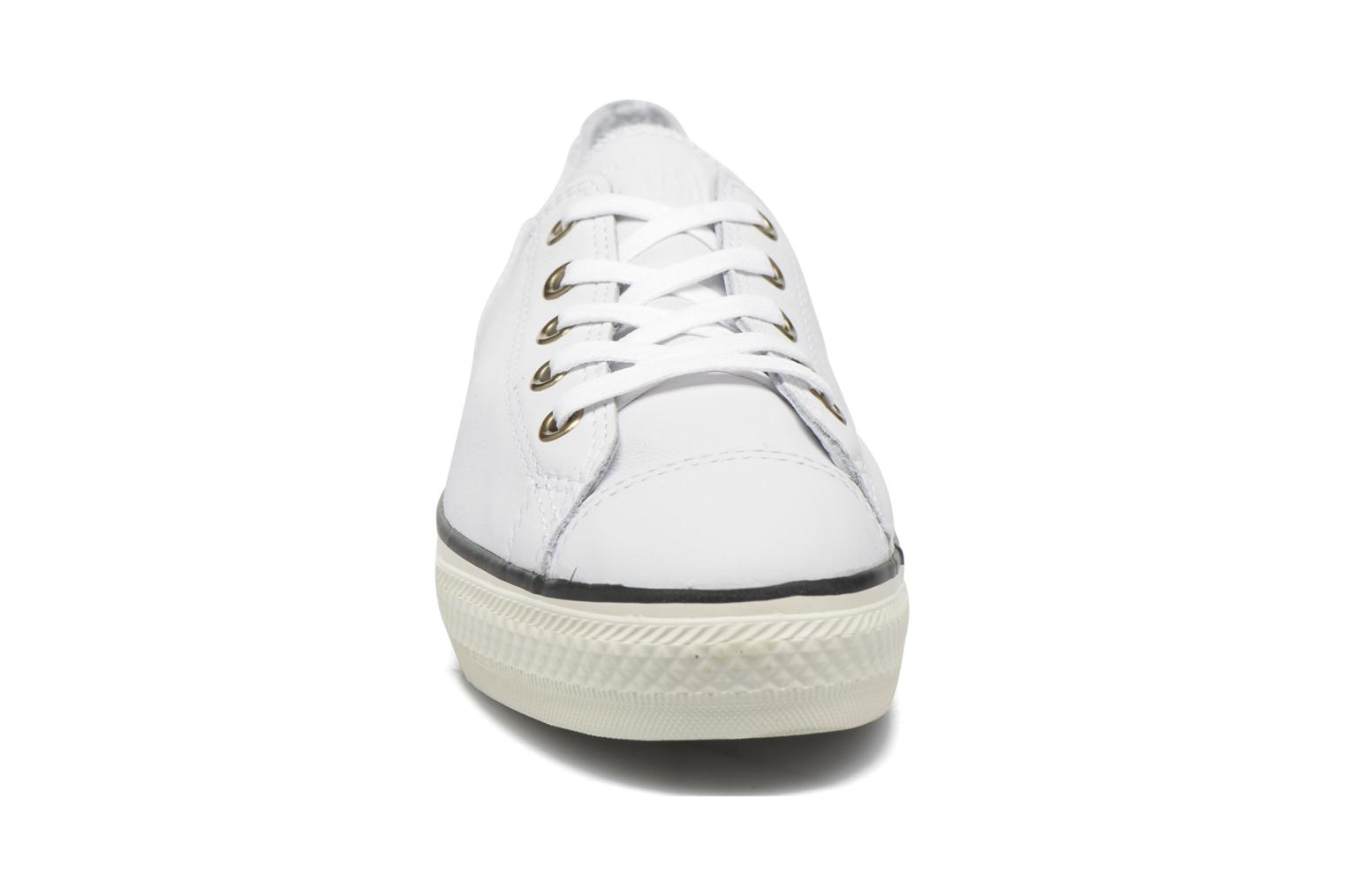 Trainers Converse Chuck Taylor All Star High Line Ox White model view