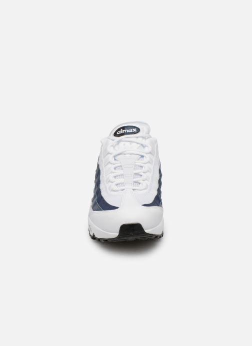 Baskets Nike Nike Air Max 95 Essential Blanc vue portées chaussures