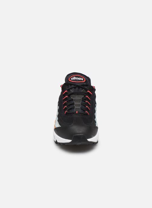 Trainers Nike Nike Air Max 95 Essential Black model view