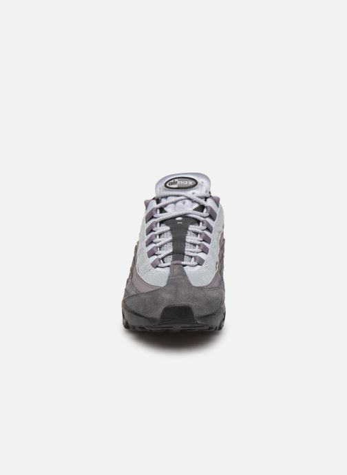 Trainers Nike Nike Air Max 95 Essential Grey model view