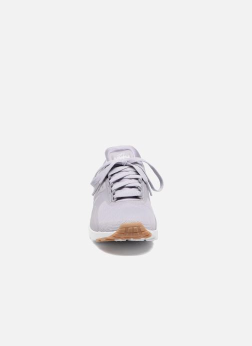 Deportivas Nike W Air Max Zero Violeta      vista del modelo