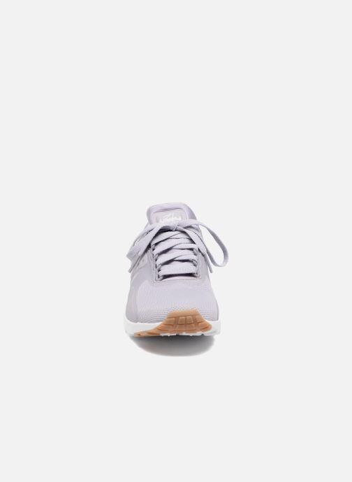 Sneakers Nike W Air Max Zero Viola modello indossato