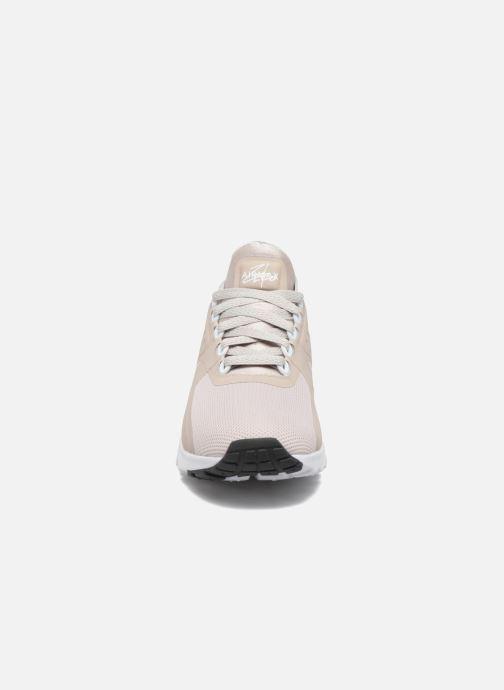 huge discount 5cc97 ce914 Baskets Nike W Air Max Zero Beige vue portées chaussures