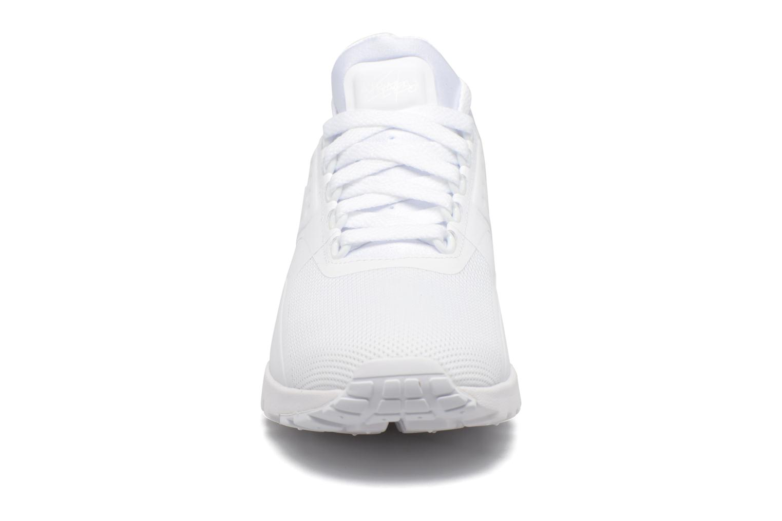 Trainers Nike W Air Max Zero White model view