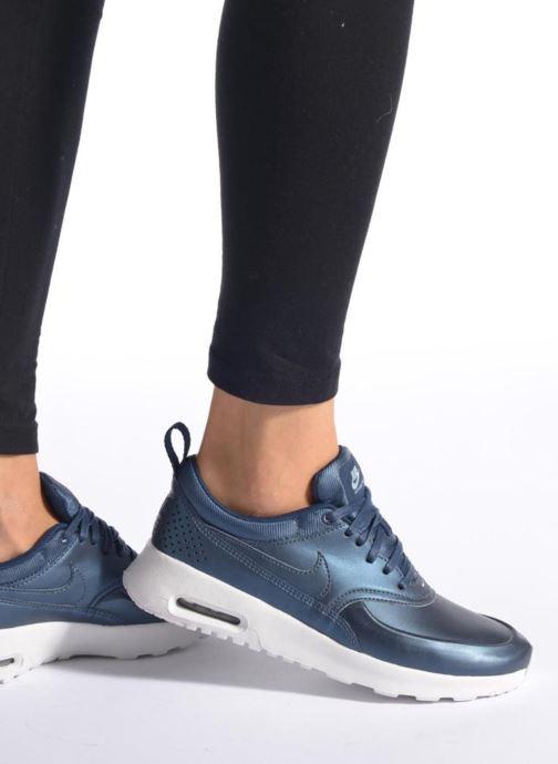 Baskets Nike W Nike Air Max Thea Se Bleu vue bas / vue portée sac
