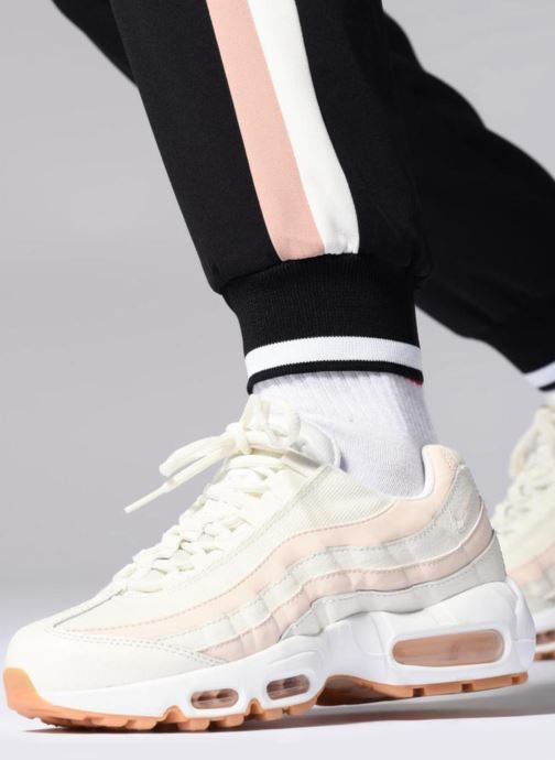 Baskets Nike Wmns Air Max 95 Rose vue bas / vue portée sac