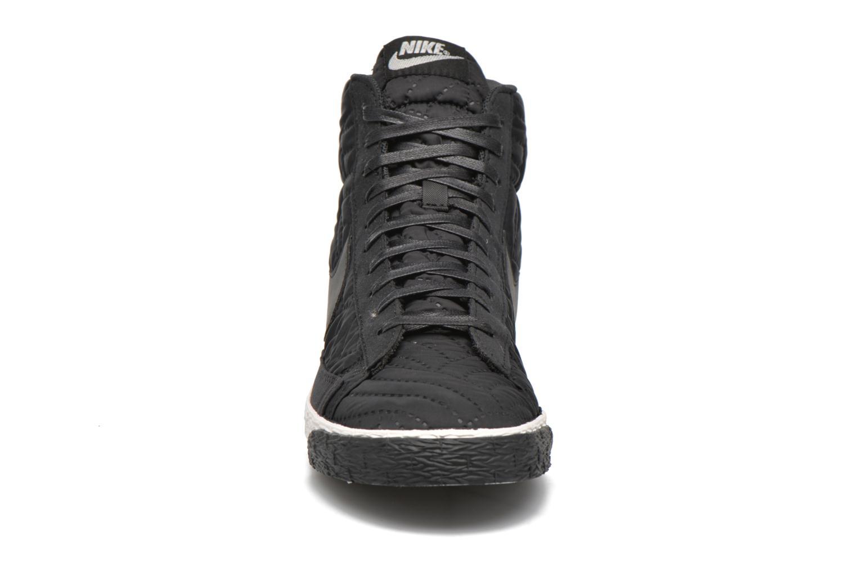 Sneaker Nike Wmns Blazer Mid Prm Se schwarz schuhe getragen