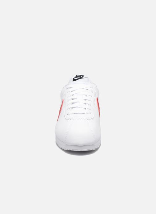 Trainers Nike Wmns Classic Cortez Leather White model view