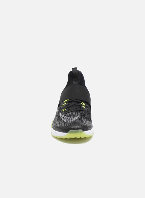 Zapatillas de deporte Nike Wmns Nike Air Zoom Strong Negro vista del modelo