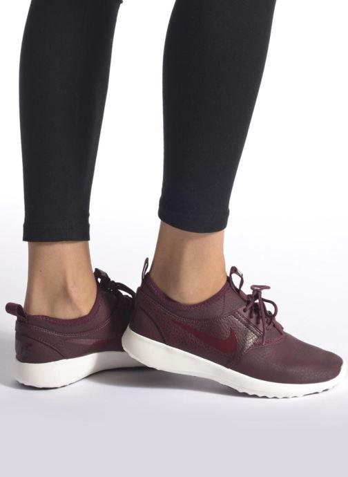 Sneaker Nike Wmns Nike Juvenate Prm blau ansicht von unten / tasche getragen