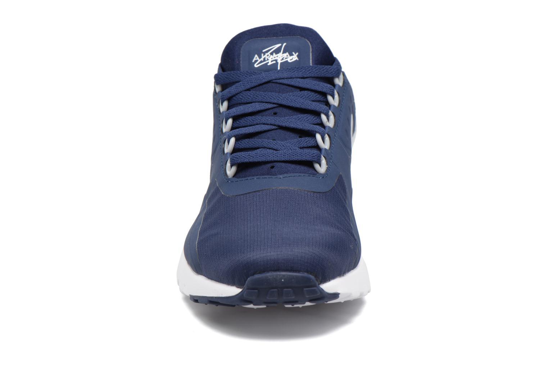 Baskets Nike Nike Air Max Zero Essential Bleu vue portées chaussures