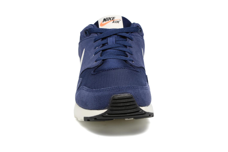 Baskets Nike Nike Air Vibenna Bleu vue portées chaussures