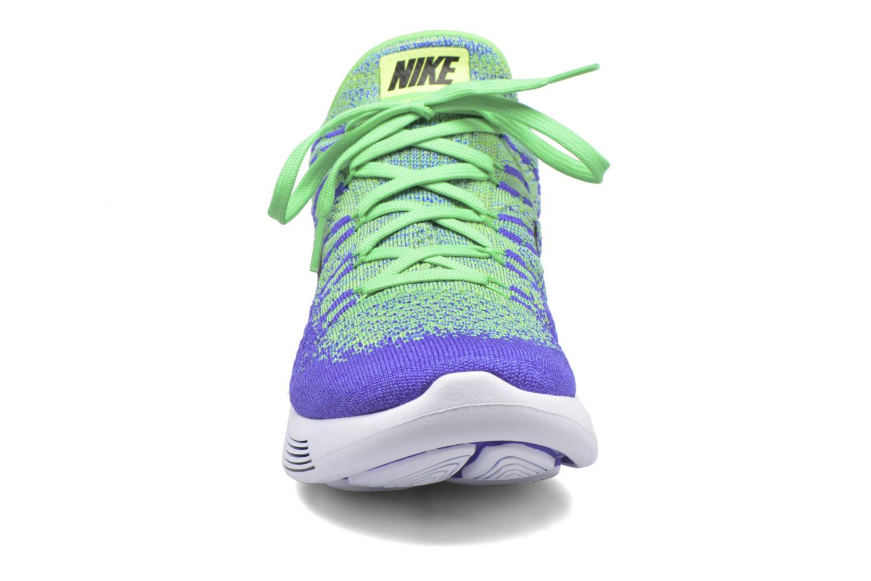 Chaussures de sport Nike Nike Lunarepic Low Flyknit 2 Vert vue portées chaussures
