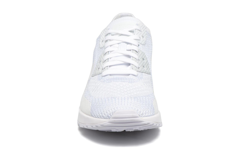 Sneaker Nike W Air Max 90 Ultra 2.0 Flyknit weiß schuhe getragen