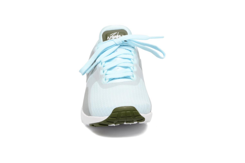 Sneakers Nike W Air Max Zero Si Azzurro modello indossato