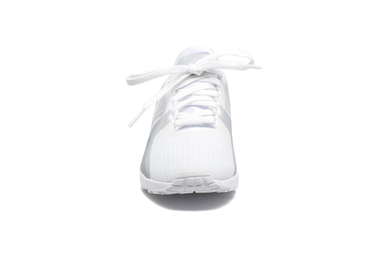 Sneaker Nike W Air Max Zero Si weiß schuhe getragen