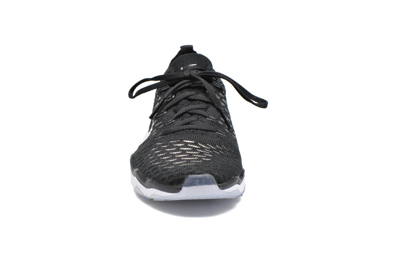 Sportssko Nike W Air Zoom Fearless Flyknit Sort se skoene på