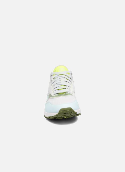 Baskets Nike W Nike Air Max 1 Ultra 2.0 Si Blanc vue portées chaussures