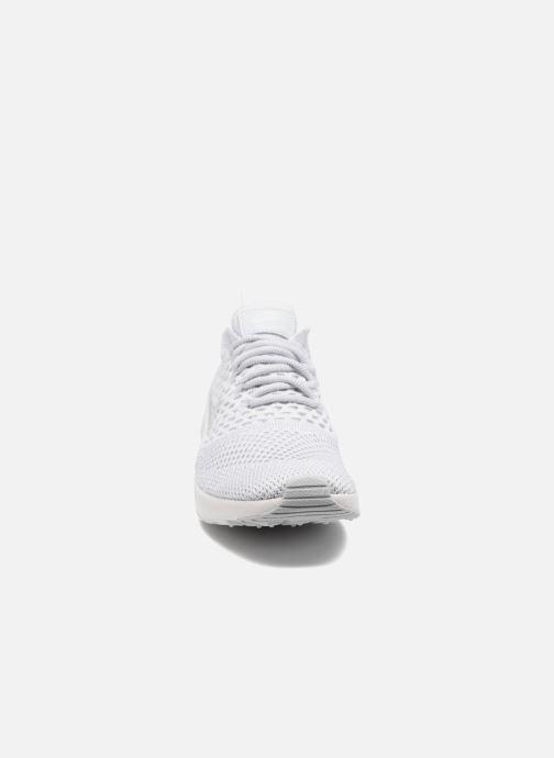 Baskets Nike W Nike Air Max Thea Ultra Fk Gris vue portées chaussures