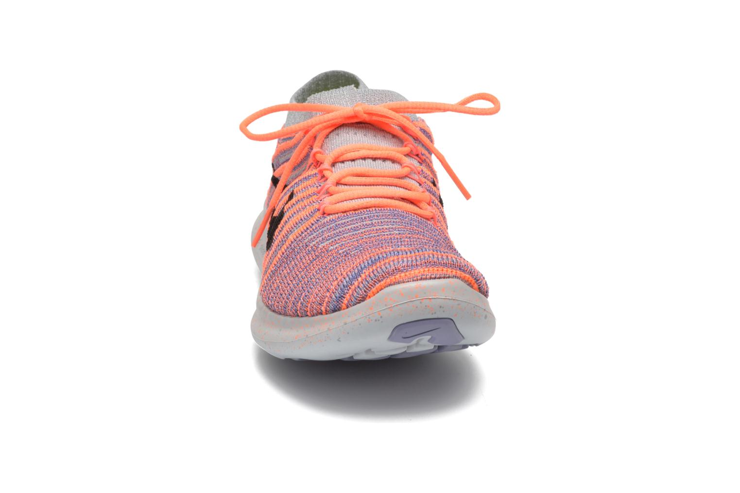 Chaussures de sport Nike W Nike Free Rn Motion Flyknit Gris vue portées chaussures