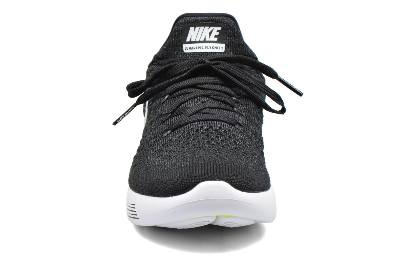 Chaussures de sport Nike W Nike Lunarepic Low Flyknit 2 Noir vue portées chaussures
