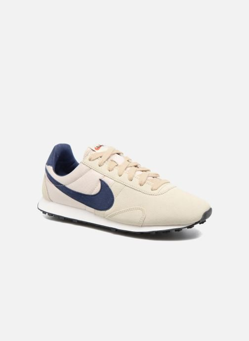Trainers Nike W Pre Montreal Racer Vntg Beige detailed view/ Pair view