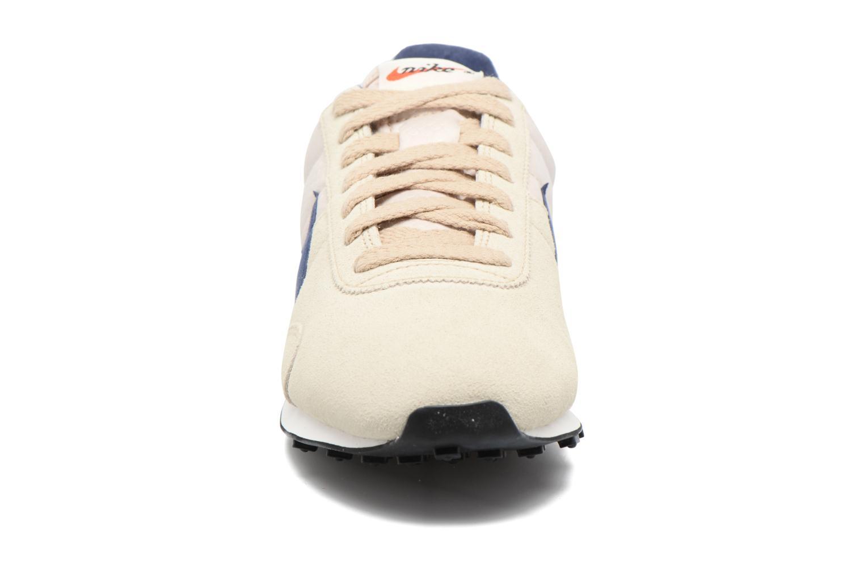 Sneaker Nike W Pre Montreal Racer Vntg beige schuhe getragen