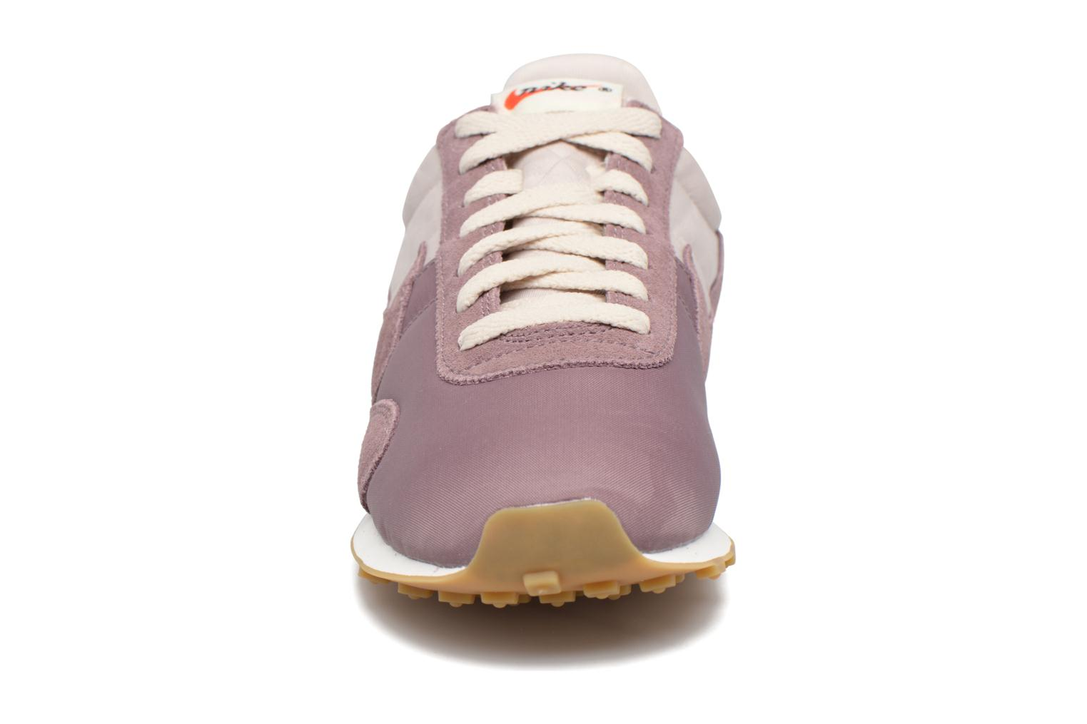 Trainers Nike W Pre Montreal Racer Vntg Purple model view