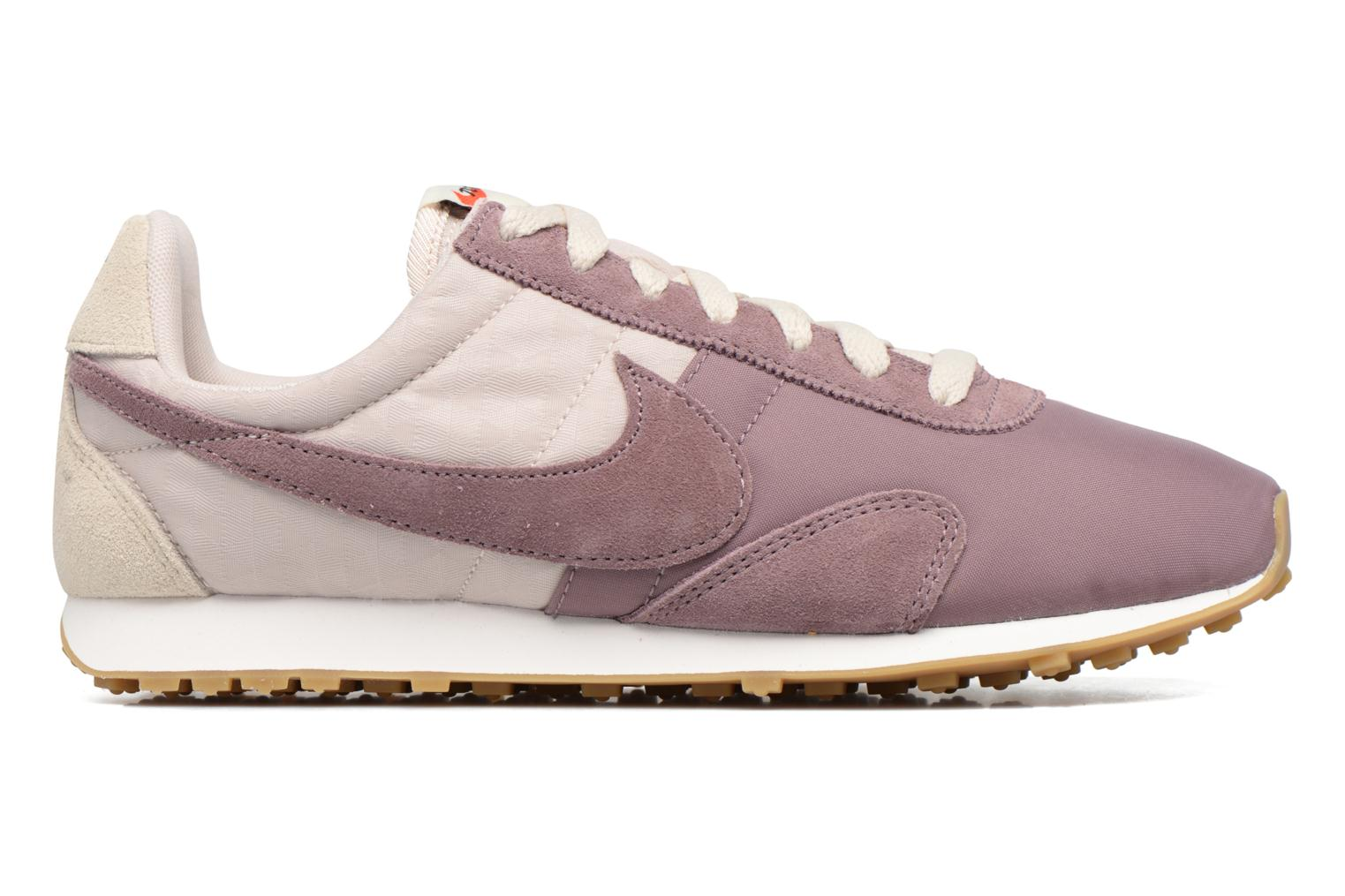 Trainers Nike W Pre Montreal Racer Vntg Purple back view