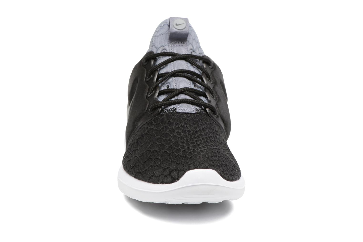 Baskets Nike W Roshe Two Se Noir vue portées chaussures