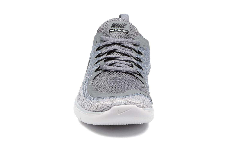 Zapatillas de deporte Nike Wmns Nike Free Rn Distance 2 Gris vista del modelo