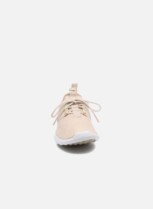 Baskets Nike Wmns Nike Juvenate Se Beige vue portées chaussures