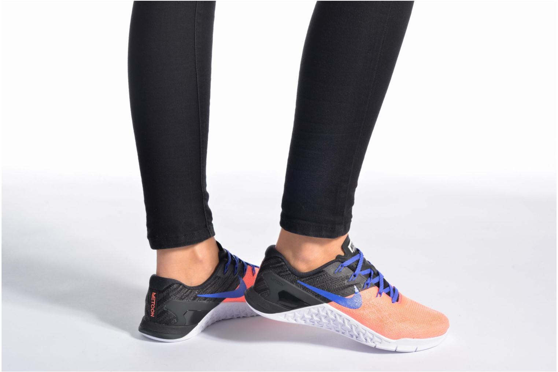Chaussures de sport Nike Wmns Nike Metcon 3 Blanc vue bas / vue portée sac