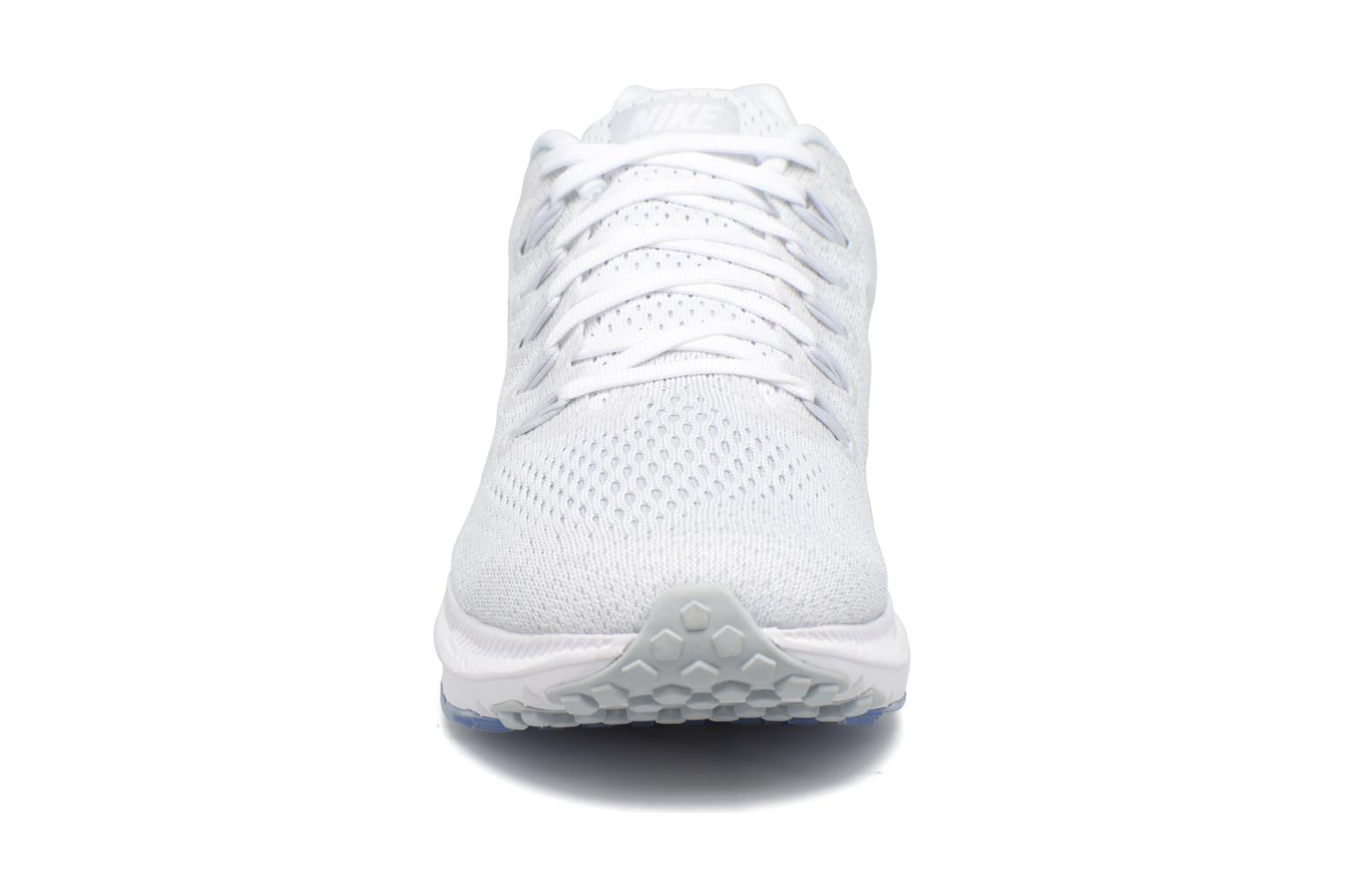 Scarpe sportive Nike Wmns Nike Zoom All Out Low Bianco modello indossato