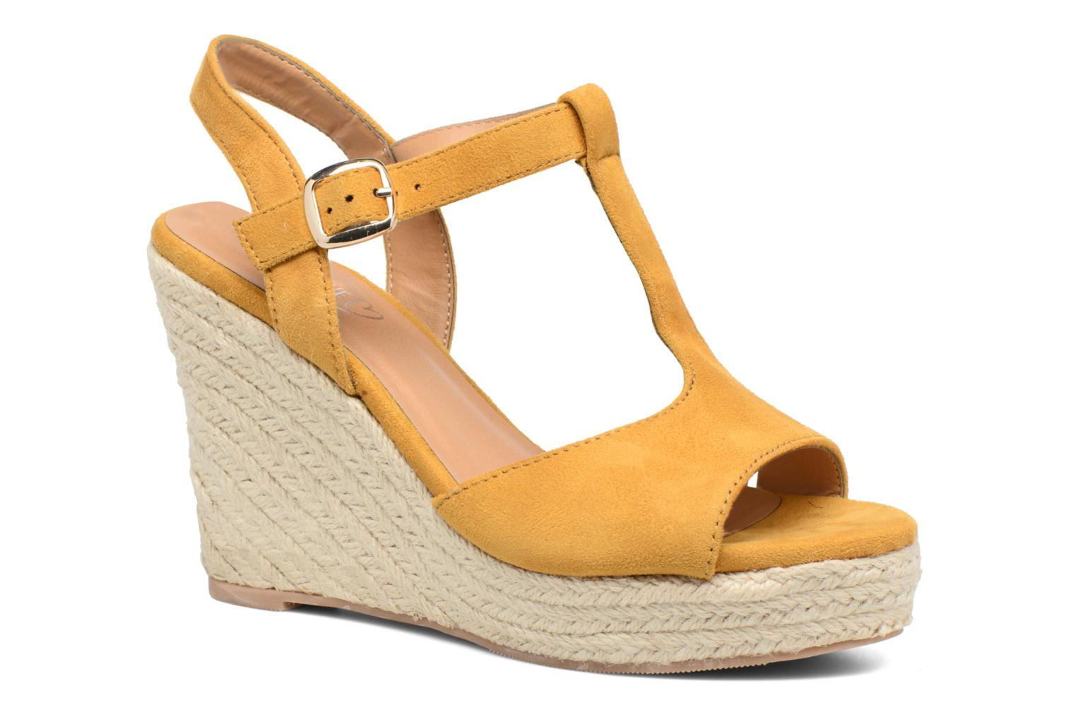 Espadrilles I Love Shoes MCADA Yellow detailed view/ Pair view
