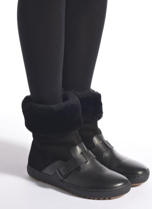 Ankle boots Birkenstock Stirling Black view from underneath / model view