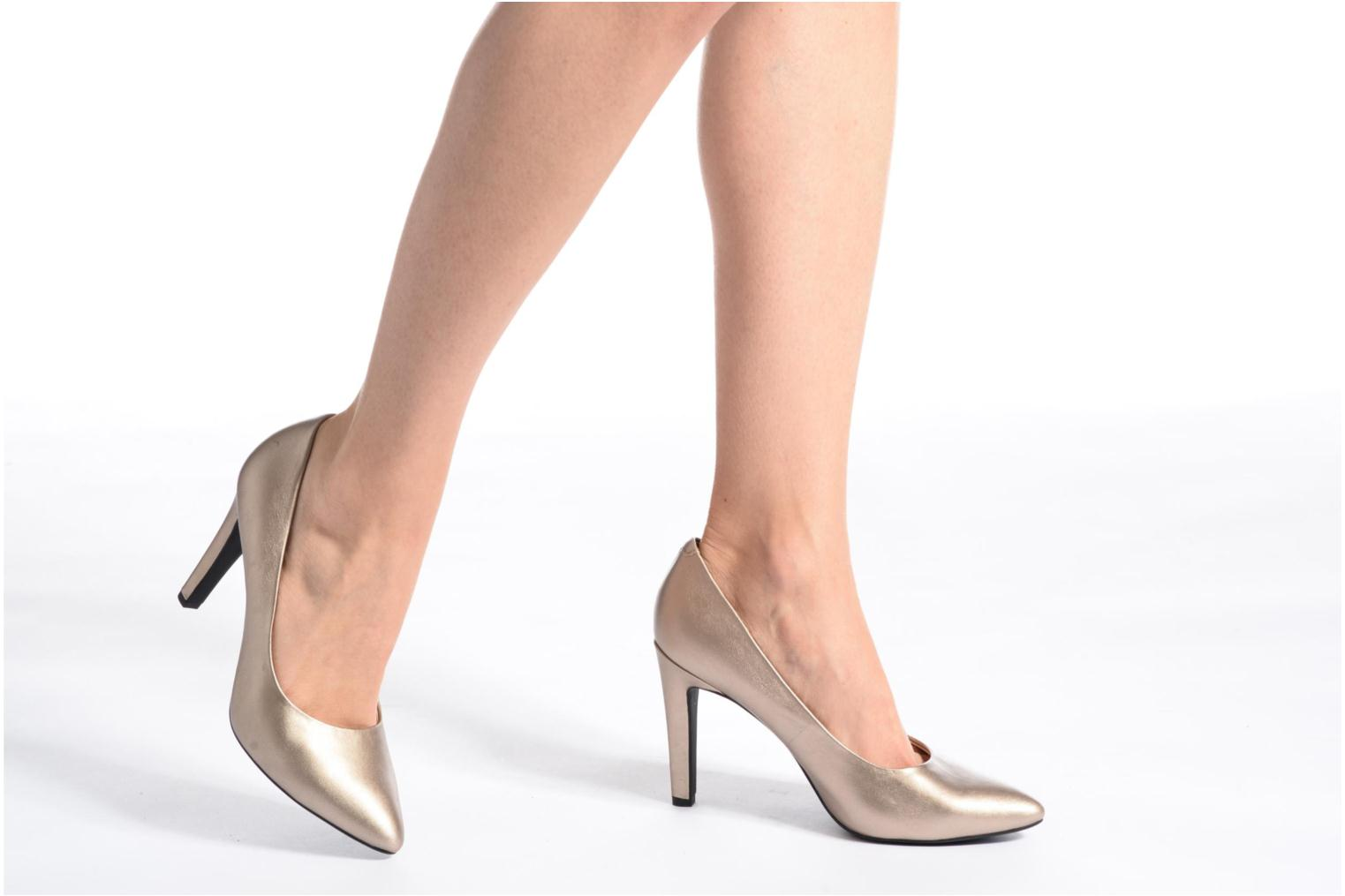 High heels Geox D CAROLINE C D62W1C Bronze and Gold view from underneath / model view