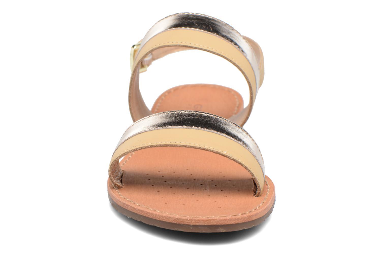 Sandaler Geox D SOZY F D722CF Beige se skoene på