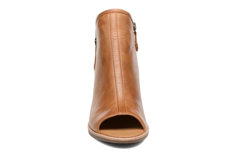 Ankelstøvler Geox D NEW CALLIE B D7240B Brun se skoene på