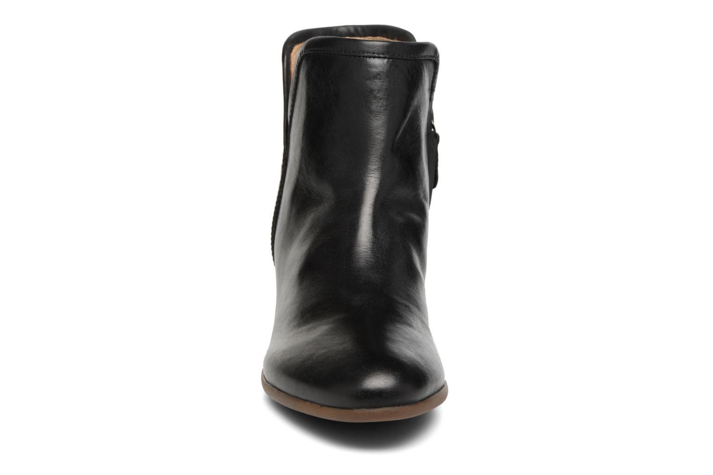 Bottines et boots Geox D LUCINDA B D7270B Noir vue portées chaussures
