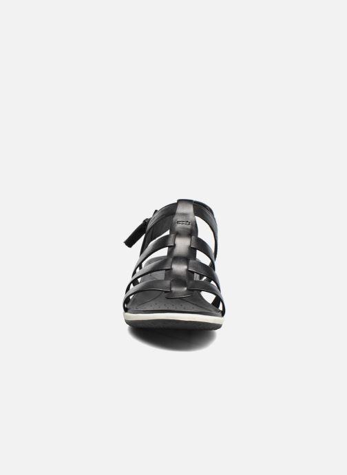 Sandales et nu-pieds Geox D SAND.VEGA A D72R6A Noir vue portées chaussures