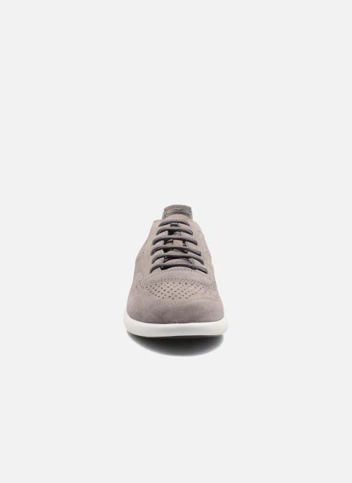 Sneaker Geox U BRATTLEY A U721PA grau schuhe getragen